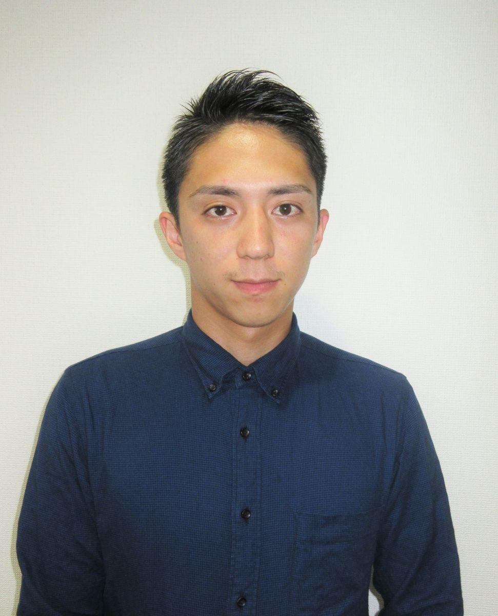 満島選手バストアップ